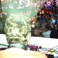 Photo taken at Area Disco by Gustavo M. on 7/21/2011