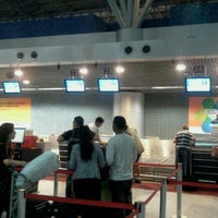 Photo taken at Check-in TAM by Dupla DDD D. on 11/4/2011