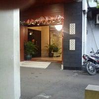 Photo taken at Nirwana Hotel Jakarta by Fahmii A. on 12/31/2011