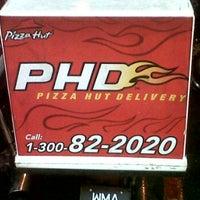 Photo taken at Pizza Hut, Bandar Baru Ampang by MZG Z. on 9/15/2011