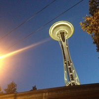 Photo taken at Space Needle by Ekkapong T. on 7/6/2013