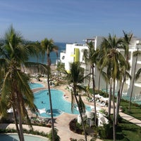 Photo taken at Hilton Resort by MexicanAtHeart.com J. on 12/24/2012
