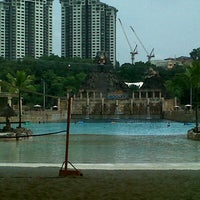 Photo taken at Sunway Lagoon by Hani Hidayah on 6/21/2013