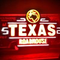 Photo taken at Texas Roadhouse by Faith H. on 11/17/2012