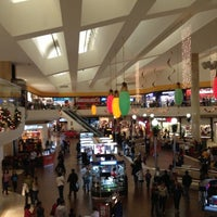Foto tomada en Galerías Monterrey por Victor D. el 11/20/2012