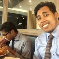 Photo taken at KFC Seri Iskandar by Lukman Al H. on 8/18/2016
