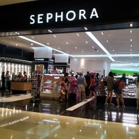 Photo taken at Sephora by Evelyn N. on 9/16/2012