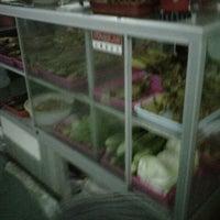 Photo taken at Bandeng Segar Mbak Mar by Alvindio Y. on 11/3/2012
