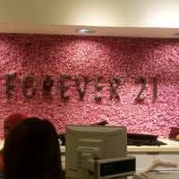 Photo taken at Forever 21 by Shaimaan W. on 12/29/2013