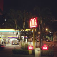 Photo taken at McDonald's by Airton F. on 4/18/2013