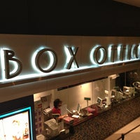 Photo taken at Regal Cinemas South Beach 18 & IMAX by Igor C. on 12/18/2012