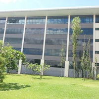 Photo taken at Faculdade Pitágoras by Luciano F. on 11/13/2012