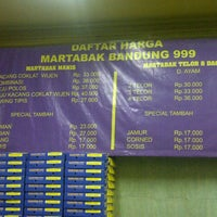 Photo taken at Martabak Bandung 999 by Khomaini M. on 4/24/2013
