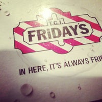 Photo taken at TGI Fridays by Robby D. on 11/21/2012