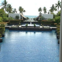 Photo taken at JW Marriott Khao Lak Resort & Spa by Aeron on 5/1/2013