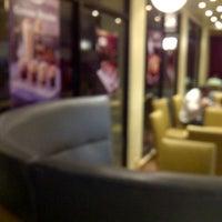 Photo taken at Haagen-Dazs by Jason T. on 11/18/2012
