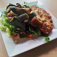 Photo taken at Pasta Pane Vino by Victor S. on 11/27/2012