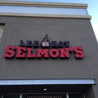 Photo taken at Lee Roy Selmon's by Jay K. on 12/2/2012