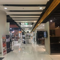 Photo taken at SB Design Square by ReviewbyBiere .. on 10/12/2016