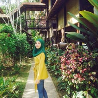 Photo taken at D'Ark Resort Janda Baik by FRHANI on 12/26/2015
