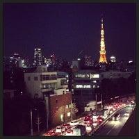 Photo taken at 六本木ヒルズ 66プラザ by gentleman l. on 3/21/2013