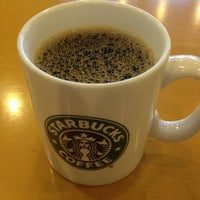 Photo taken at Starbucks Coffee 東京急行大井町駅店 by Yasuo K. on 12/16/2012