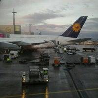 Photo taken at Lufthansa Flight LH 720 by Enrico Z. on 11/10/2013