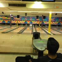 Photo taken at Funtime Bowl by Rosie T. on 2/8/2013