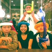Photo taken at Pizza Hut by Martha S. on 1/1/2013