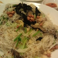 Photo taken at PUTIEN Restaurant 莆田菜馆 by Michael L. on 1/7/2013