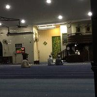 Photo taken at Masjid Al Rahimah Kuala Kubu Bharu by Abdullah A. on 11/19/2016