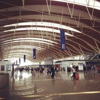 Photo taken at Shanghai Pudong International Airport (PVG) by tsukuru h. on 4/22/2013