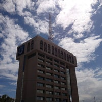 Photo taken at Banco Popular by OSCAR BONE on 4/10/2013