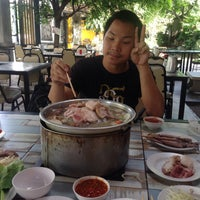 Photo taken at O-Yaou by Chompoonakbin on 10/22/2016