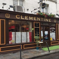 Photo taken at Clémentine by Roberto R. on 10/24/2016