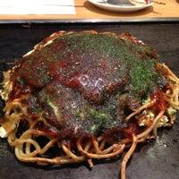 Photo taken at お好み焼き 鶴橋風月 ヨドバシAKIBA店 by su_sa_noh on 12/6/2012