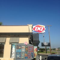 Photo taken at Dairy Queen by Dave H. on 6/6/2013