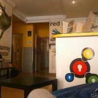 Photo taken at Feetup Yellow Nest Hostel Barcelona by Igor G. on 5/4/2016