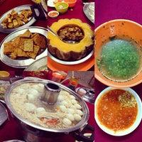 Photo taken at Restoran Teo Chiew (潮州大饭店) by Yin on 8/19/2014