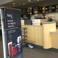 Photo taken at Starbucks by Gabe G. on 4/26/2013