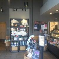 Photo taken at Starbucks by Gabe G. on 5/15/2013