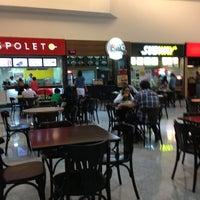 Photo taken at Restaurante Fogão Goiano Express by Rogério Ferreira D. on 8/11/2013