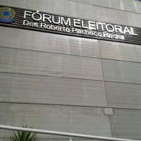 Photo taken at Tribunal Regional Eleitoral do Paraná by Julice F. on 4/24/2013