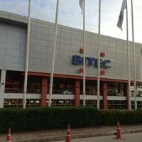 Photo taken at BITEC by Ⓖ Ⓐ Ⓜ Ⓨ Ⓤ Ⓨ 💋💋 on 7/17/2013