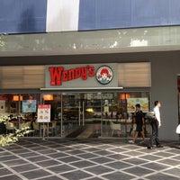Photo taken at Wendy's by Abdul Samad S. on 10/17/2012