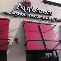 Photo taken at Applebee's Redwood City by Olesya M. on 3/14/2013