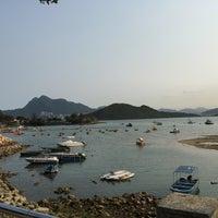 Photo taken at Tai Mei Tuk Water Sports Centre 大美督水上活動中心 by CH L. on 4/6/2015