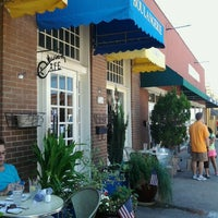 Photo taken at Main Street Bistro & Bakery by Doreen on 6/30/2013