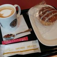 Photo taken at Caffé Veloce by Francisca on 6/22/2016