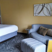 Photo taken at Courtyard by Marriott Airport West/ Doral by Lezly D. on 3/28/2015